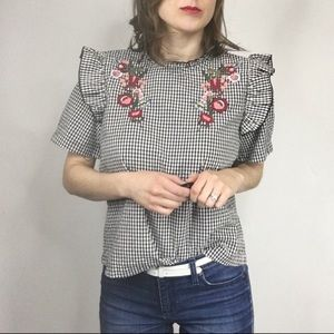 NWT ABOUND embroidered gingham puff sleeve top